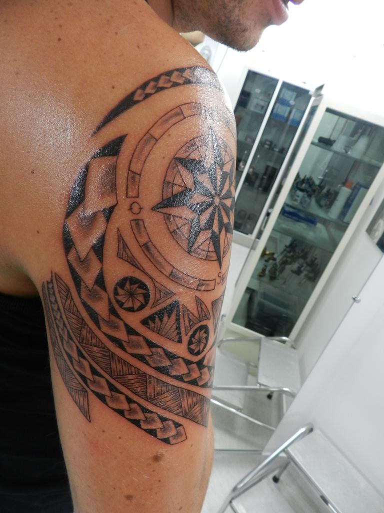 tattoo tribal polynesien mandala. Black Bedroom Furniture Sets. Home Design Ideas